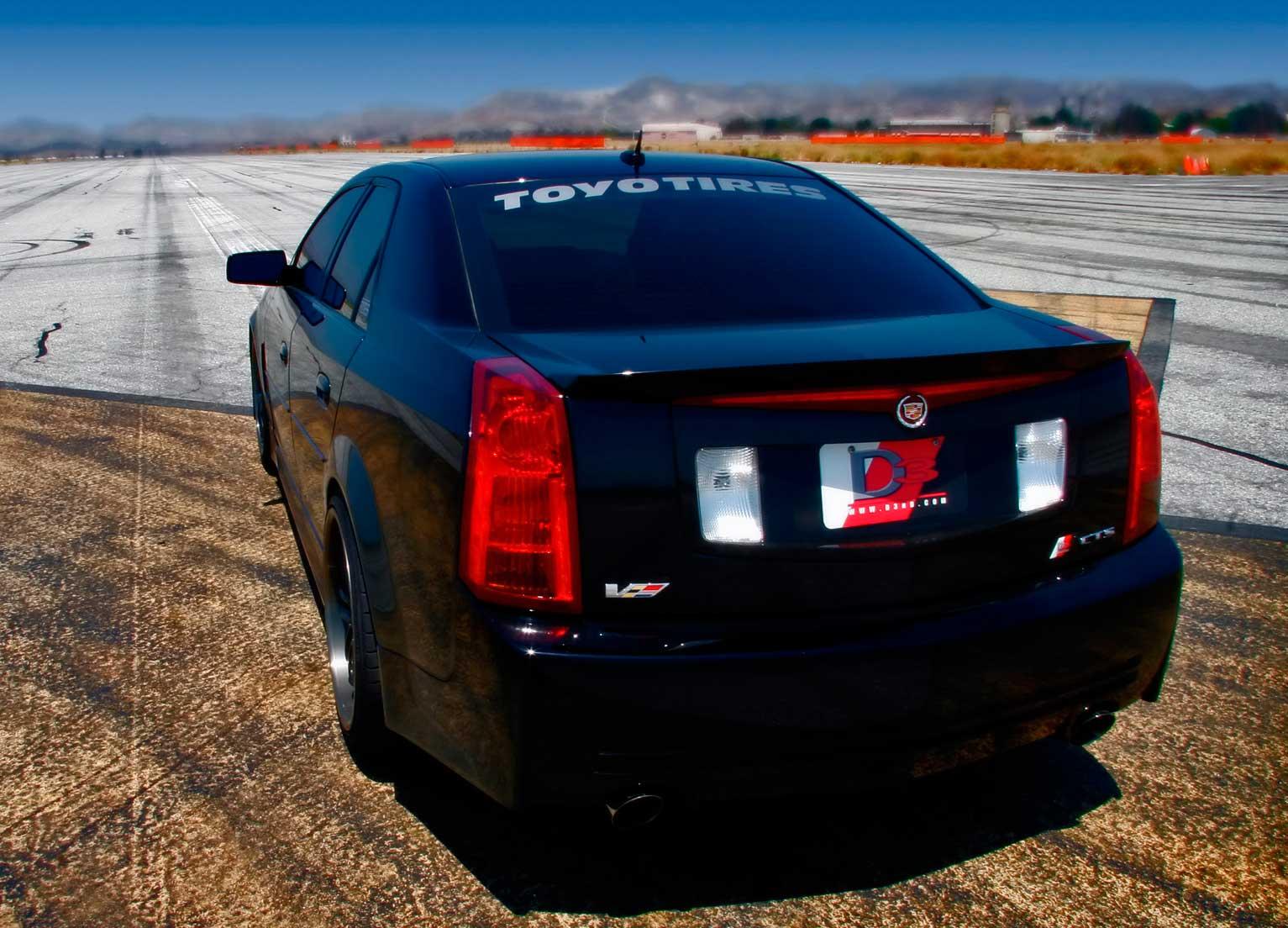 D3-Cadillac-CTS-V-Rear-Angle