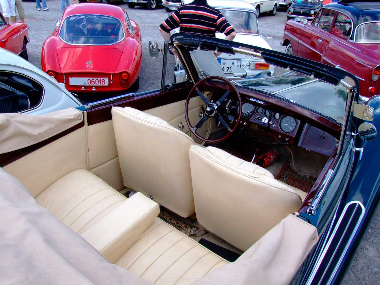 1948 drophead coupé interior