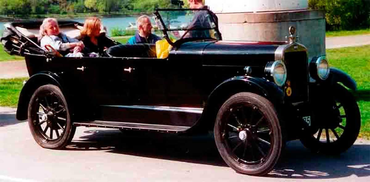 Oakland Model 6-44 Touring
