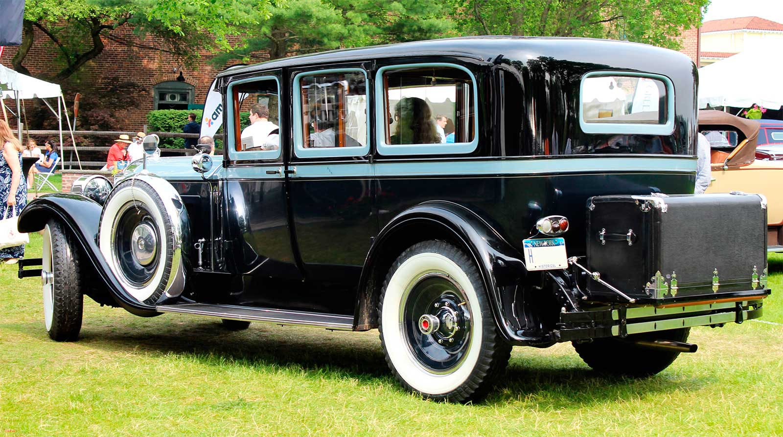 Packard Custom Eight Sedan Limousine - 315 - rear