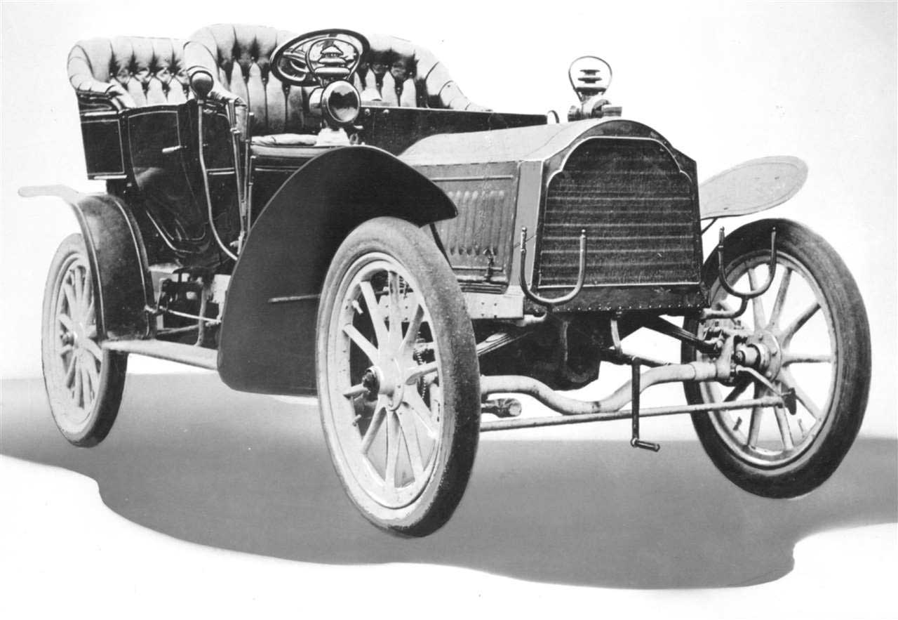 Packard Model Tonneau